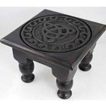Small Triquetra Altar Table 45-RAT642S